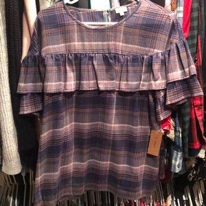Cemieux ruffle blouse NWT sz small